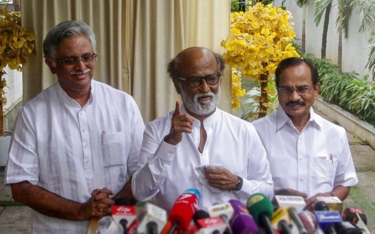 Rajinikanth tak jadi ceburi politik kerana 'amaran tuhan'