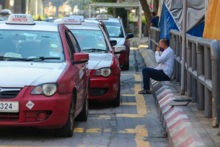 MCO 3.0: Public transport operators in Sabah, Sarawak need to adhere to states' SOPs, says Transport Ministry